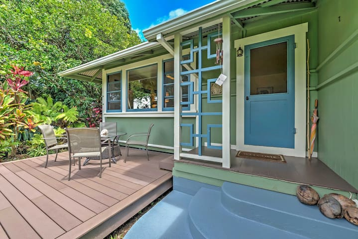 NEW! 'The Park House' Charming 3BR Kapaau Home!