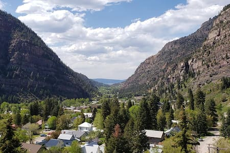 Ouray Hot-Springs Town-Home