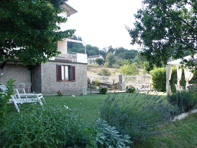 Monte Amiata Appartamento in Villa - Le Macchie - วิลล่า