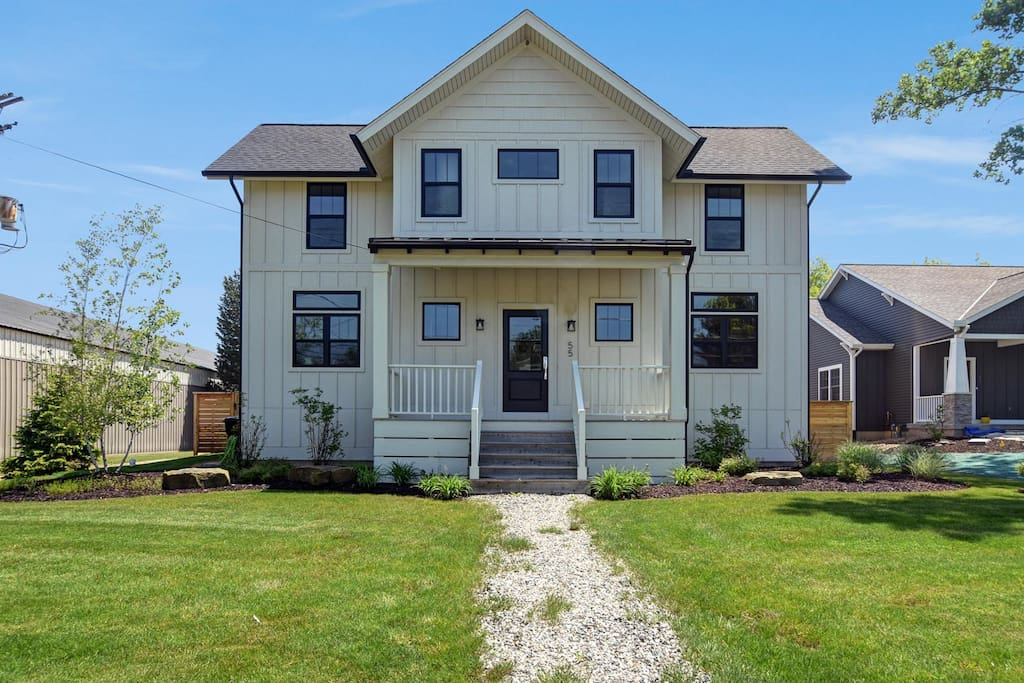 Located just one mile from Lake Michigan beach access.