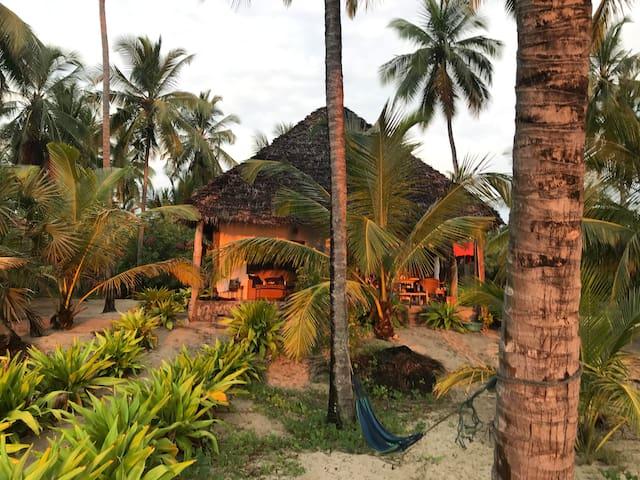 Bedroom for Two in a Dream Villa, Ushongo beach