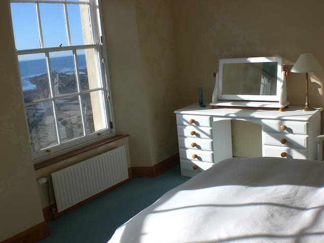 The Cooperage Pittenweem - Bedroom and Longue - Pittenweem - Talo