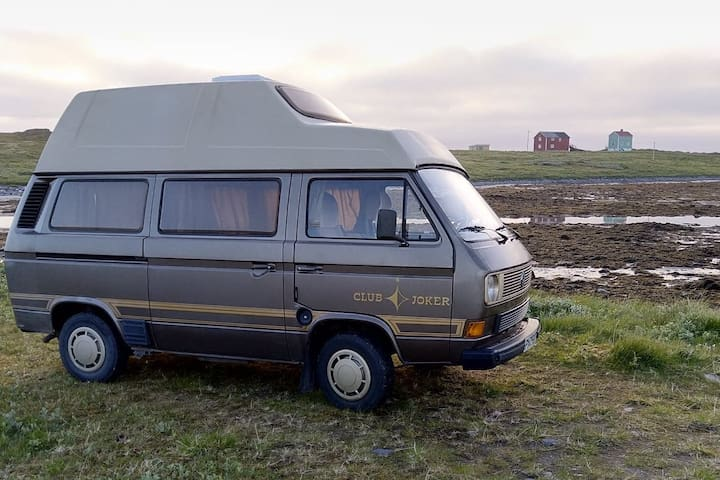 Vintage VW Westfalia, fully equipped