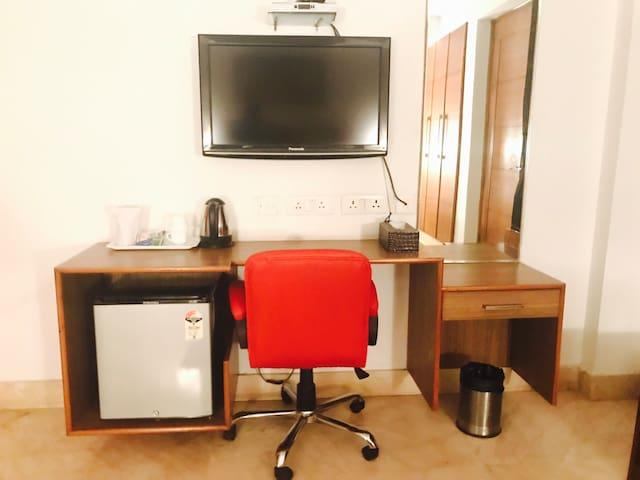 Luxury Room At Skylink Suites