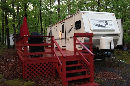 Travel Trailer in Campground with Fun Activities! - Milford