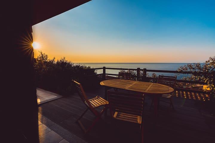 Villetta Sabina, vista a 180 gradi sul mare, relax