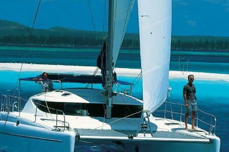 Superbe catamaran de 12 m tout conf - Ajaccio