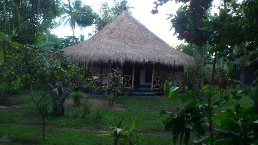 Utopia homestay 2 - gili air - Penzion (B&B)