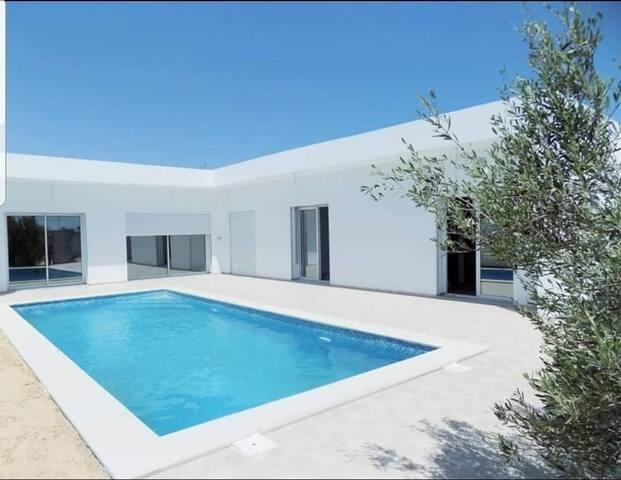 Villa avec piscine a Tezdaine Midoun Djerba