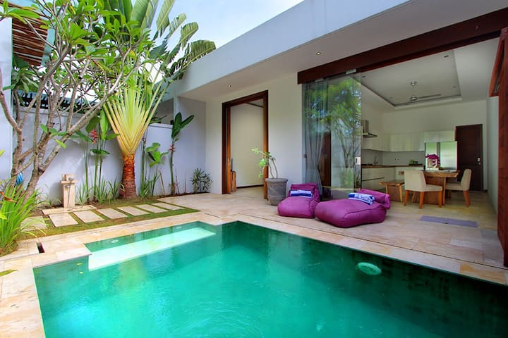 Legian Villa w/ AC + Private Pool