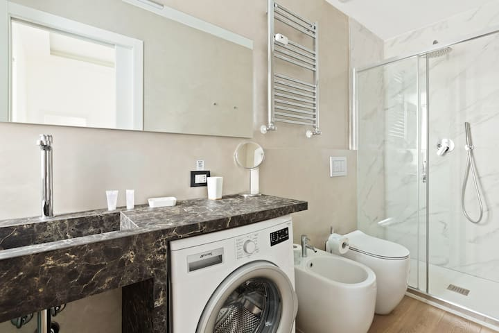The Bathroom with the washing machine