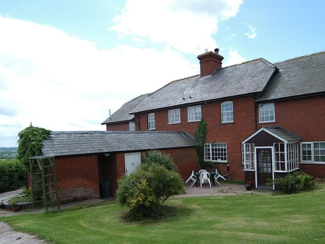 House slps 22,ideal for Summer holidays