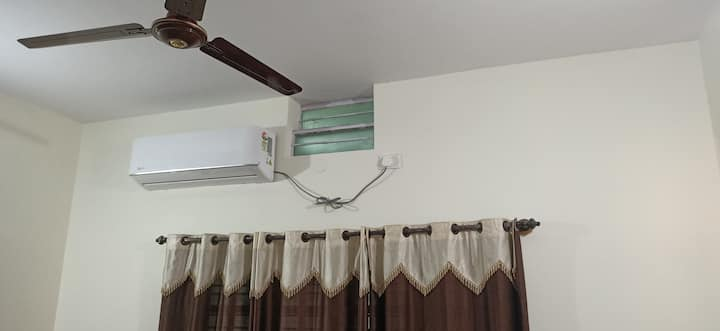 Cool, Calm, Fresh & Pure Airy 2 AC Rooms home stay