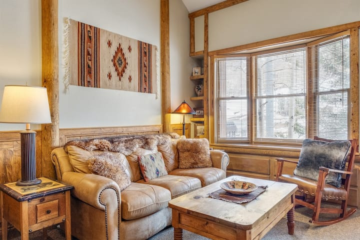 Slopeside Condo in the Mountain Village Core Ideally Located for a Winter or Summer Vacation