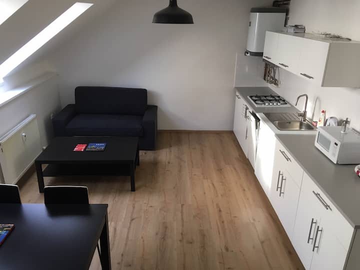 Downtown Apartment Baker - New Duplex Studio for 3