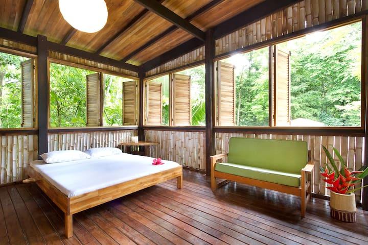 NATURA RESERVE Casa Luna tower bedroom