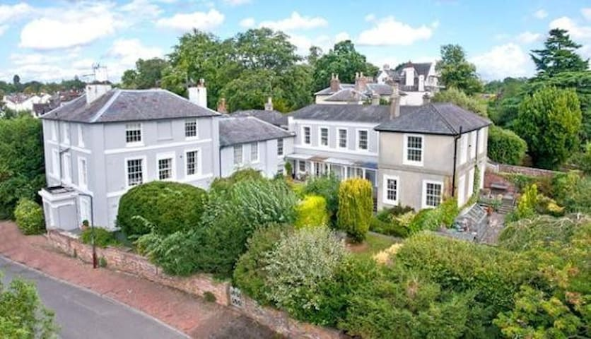 Beautiful Grade 2 listed Flat - Royal Tunbridge Wells - Apartament