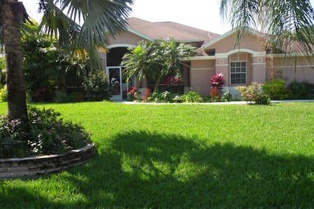 Villa Linda - Lehigh Acres - Hus