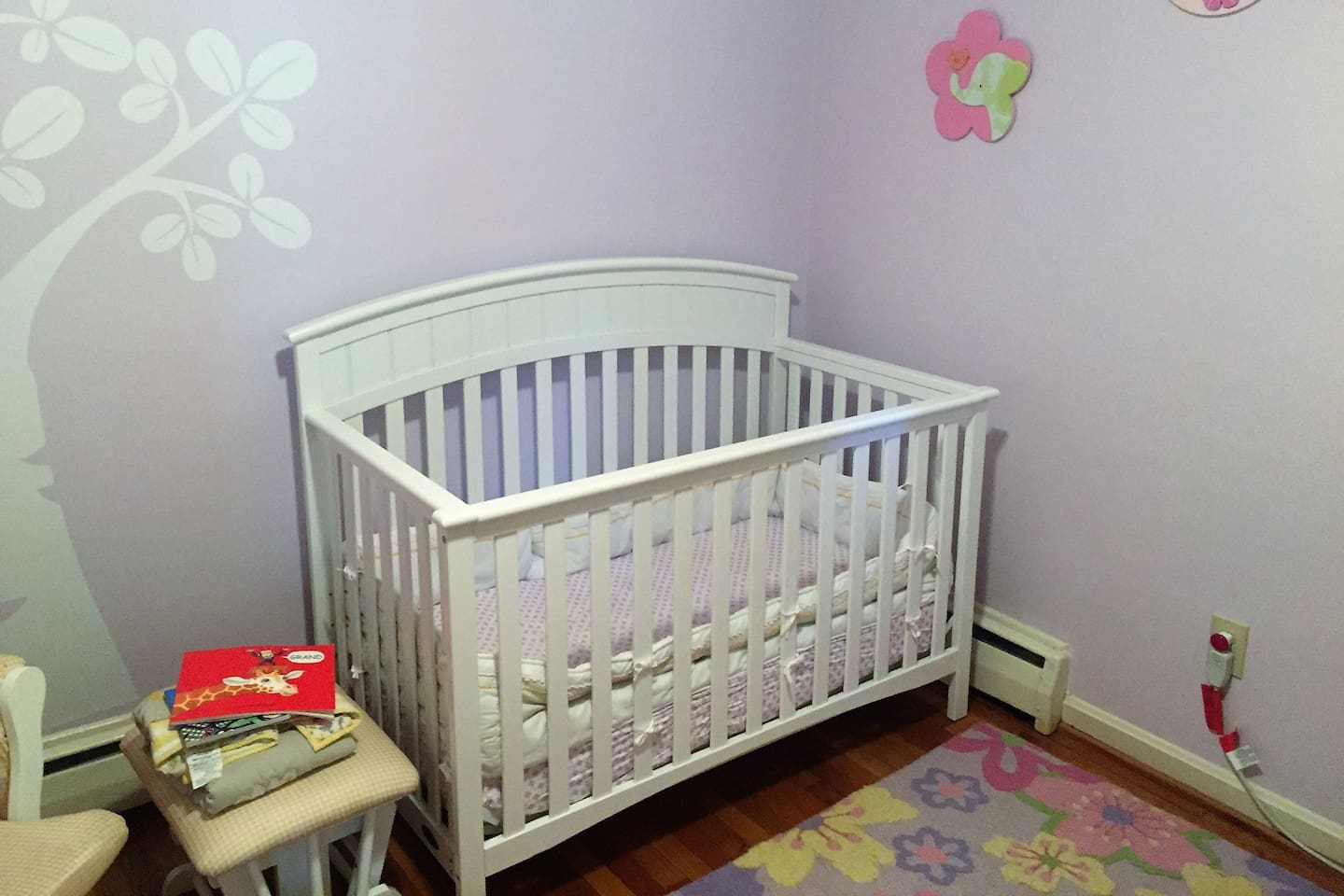Kid's room with crib or kid's bed available