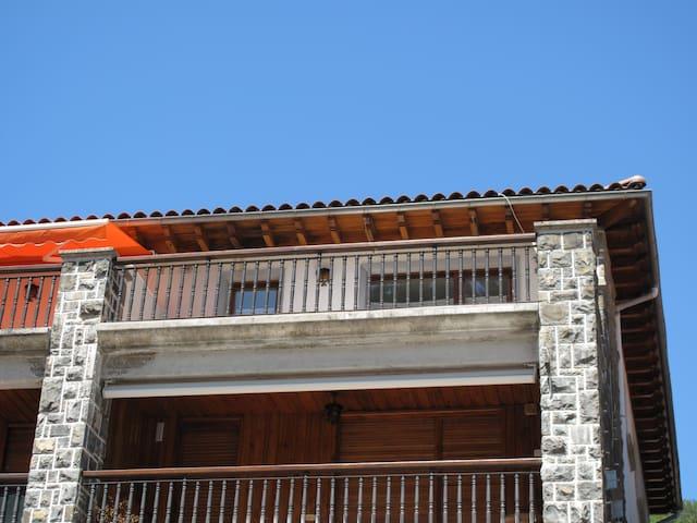 Vivienda en Ático, en Pirineo Navarro - Garde - Daire