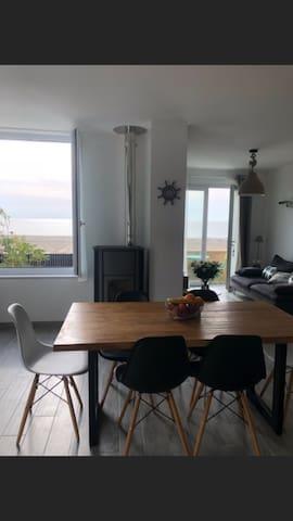Vue sur mer de la maison