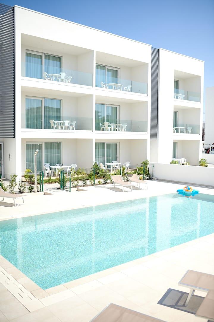 West Village Appartamento 8 - NUOVO con piscina