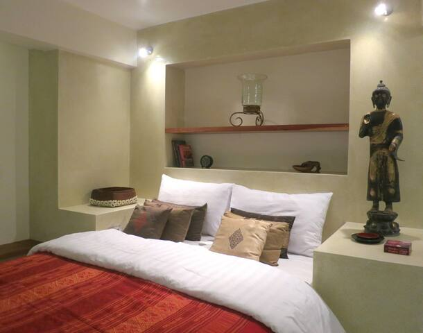 Rock Haven Guest Room    Paradise found - Surat Thani - Bed & Breakfast