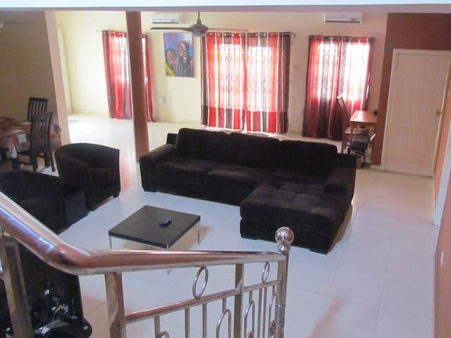 Bedua Home Suites Guestroom 2 - Accra - House