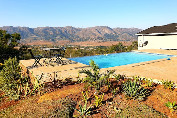 LARGE Luxury Home in Nature Reserve in EZULWINI