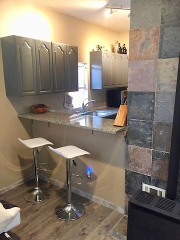1 bedroom  renovated casita downtown/north valley