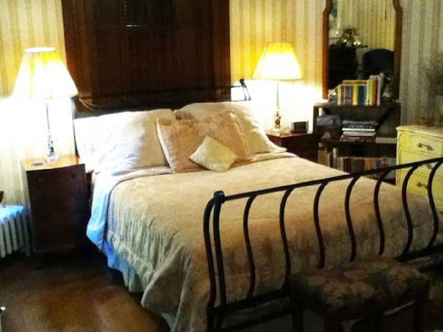 Victoria's B&B Lodging Guest Bedroom