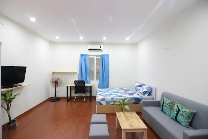 Mirr Homestay Hanoi |Studio room private bathroom