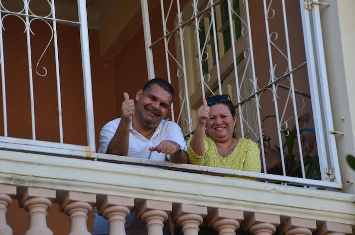 Rent Rooms in Vedado,Havana,Casa Eludis y Perfecto - La Habana - Leilighet