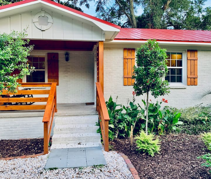 *NEW*FullyRenovated1bed/1baClosetoDowntown/Beach