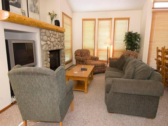 #988 Fairway Circle - Mammoth Lakes - Apartment
