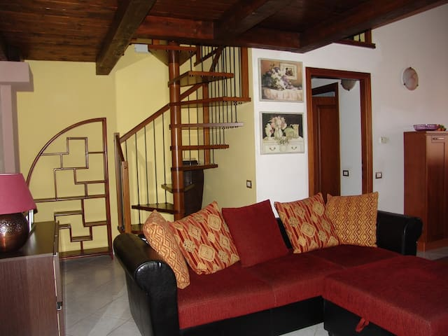 Flat in Iglesias centre Su Bellixeddu - Iglesias - Appartement