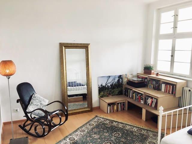 Sunny Room in Prenzlauer Berg
