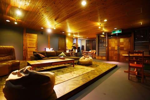 Hakuba Lodge OMUSUBI / ski in ski out location