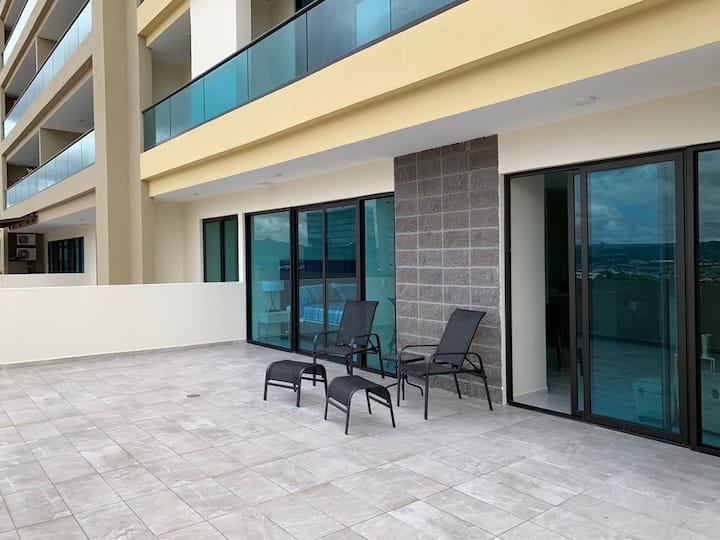 Apt con inmensa terraza y vista...en la mejor zona