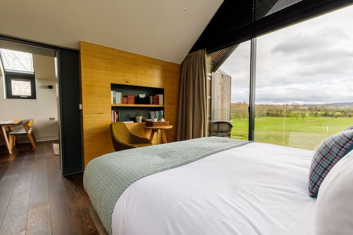 Feldon Valley - Luxury Country Hotel Suite