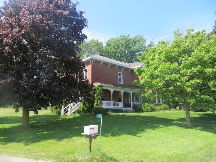 Thompson Farm Guest House