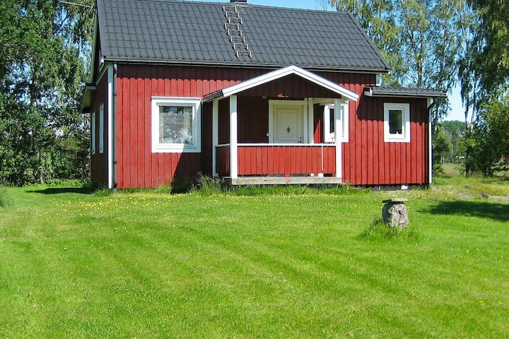 6 person holiday home in SÄFFLE