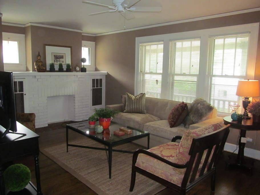 """Lovely Living Room with upscale furnishings and 42"""" flat screen TV"""