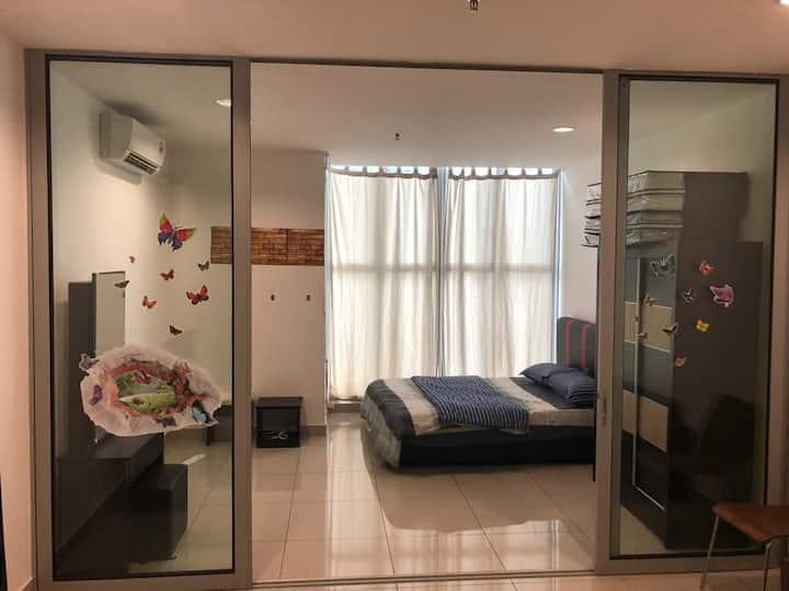 Entire home near puchong/upm/seri kembangan (2303)
