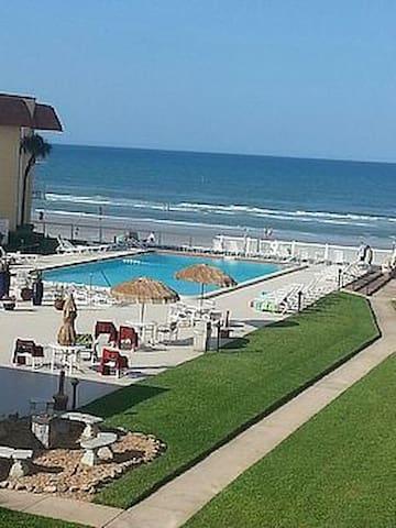 New Smyrna beach no driving section - 뉴스머나비치 - 아파트(콘도미니엄)