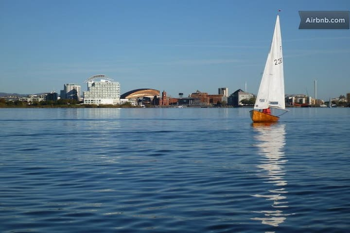 Best Location - Cardiff Bay - Double Room - Wi-Fi