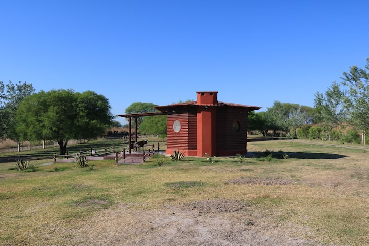 "Tiny House Cabin ""Prados del Sol"""