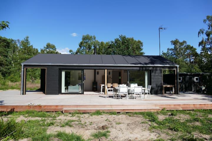 Brand new luxury summerhouse near forest and beach - Frederiksværk - Huis