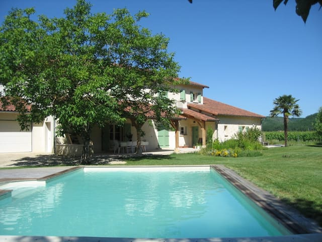Mas de l'Houvande - Prayssac - Bed & Breakfast