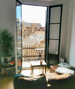 Top apartment close to the beach in artsy Poblenou - Barcelona - Wohnung